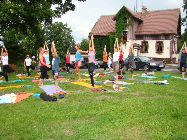 Joga w górach w Michałowicach 2010