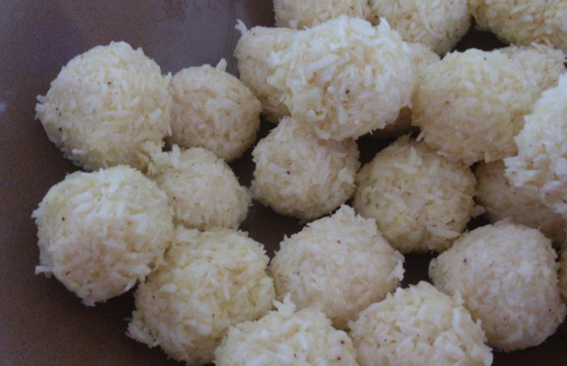 Kokosowe kuleczki indyjskie