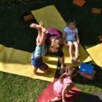Joga dla dzieci na trawie